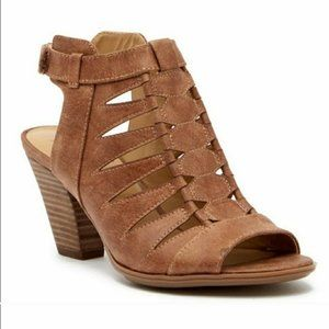 Naturalizer open toe cut out sandal booties 9W